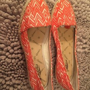 Lucky brand orange and white wedges